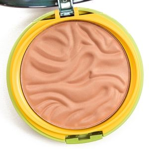 BNIB Physician's Formula Sunkissed Butter Bronzer